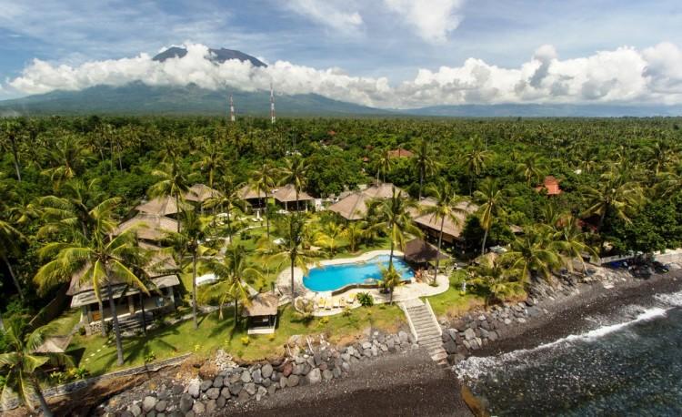 149277385346-151-relax-bali-resort.jpg