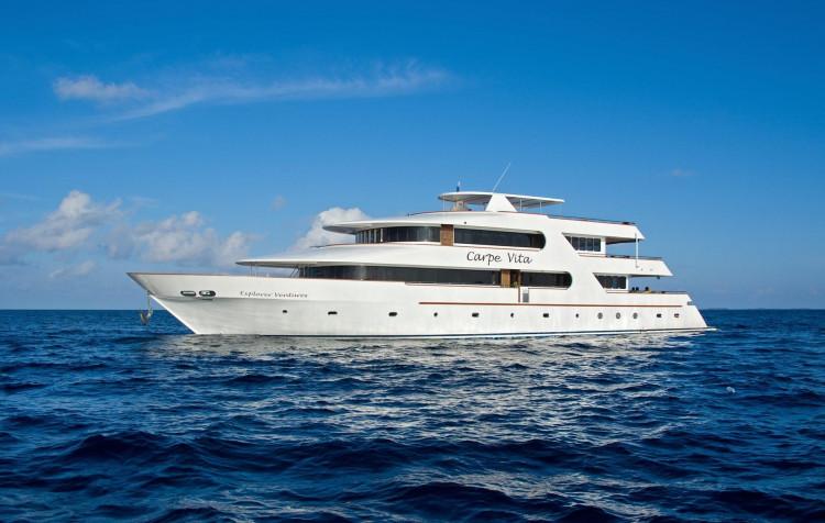Maledivy Safari, loď Carpe Vita - odlet z Prahy